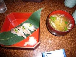 寿司とつみれ汁